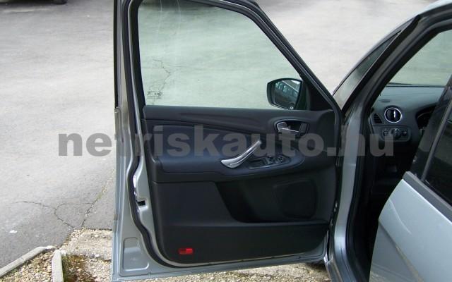 FORD S-Max 2.0 Trend személygépkocsi - 1999cm3 Benzin 93249 10/12