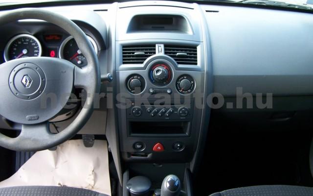 RENAULT Mégane 1.4 Azure személygépkocsi - 1390cm3 Benzin 93264 9/12
