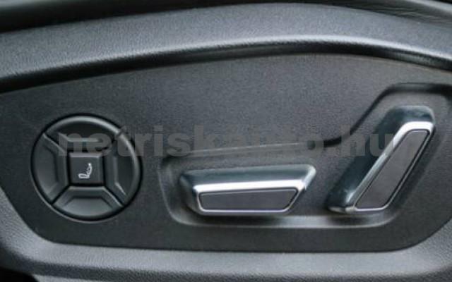 SQ8 személygépkocsi - 3956cm3 Diesel 104945 10/12