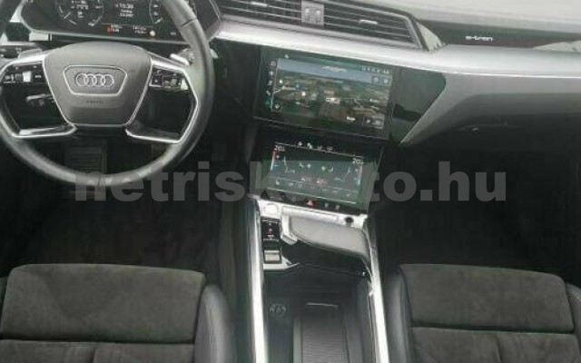 AUDI e-tron személygépkocsi - cm3 Kizárólag elektromos 109690 3/10