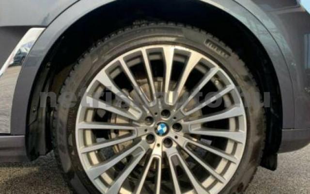 X7 személygépkocsi - 2993cm3 Diesel 105330 12/12