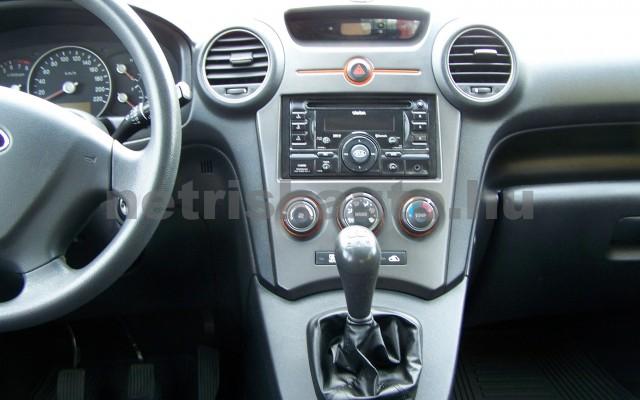 KIA Carens 2.0 EX személygépkocsi - 1998cm3 Benzin 27451 10/12