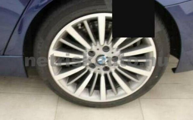 330 személygépkocsi - 2993cm3 Diesel 105064 2/10