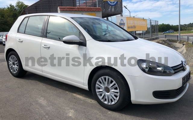 VW Golf 1.6 TDI BMT Trendline személygépkocsi - 1598cm3 Diesel 106552 6/12