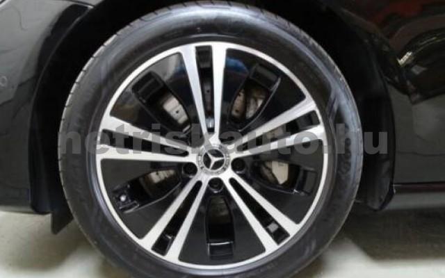E 400 személygépkocsi - 2925cm3 Diesel 105867 12/12