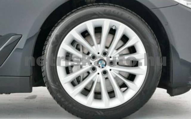 540 személygépkocsi - 2993cm3 Diesel 105157 12/12