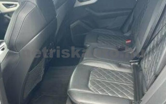 AUDI SQ8 személygépkocsi - 3956cm3 Diesel 104936 12/12