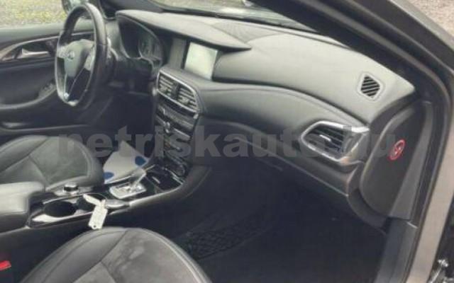 INFINITI Q30 személygépkocsi - 1991cm3 Benzin 110372 10/12