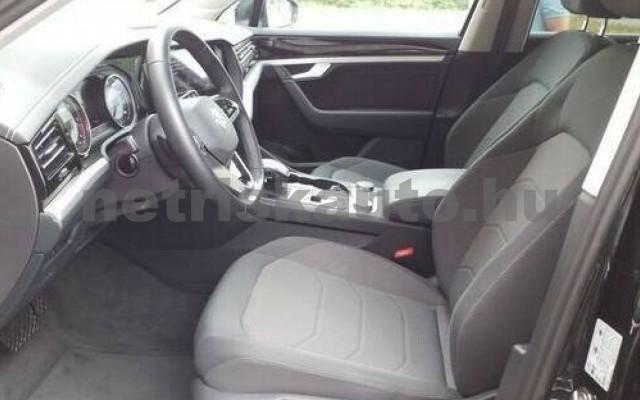 VW Touareg személygépkocsi - 2967cm3 Diesel 106383 2/5