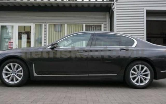 745 személygépkocsi - 2998cm3 Hybrid 105171 3/12