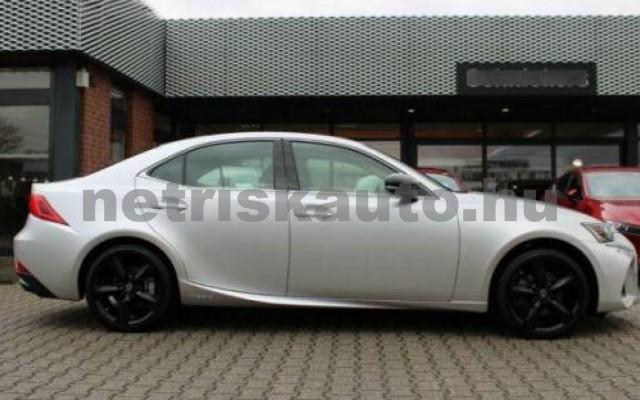 IS 300 személygépkocsi - 2494cm3 Hybrid 105607 4/12