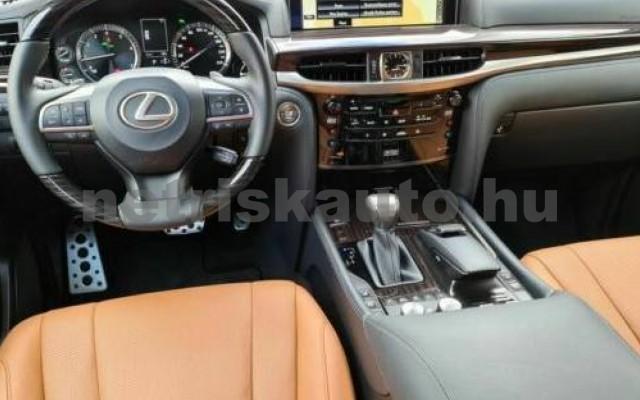 LX 570 személygépkocsi - 5663cm3 Benzin 105666 5/12