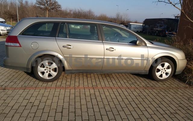 OPEL Vectra 2.2 Essentia személygépkocsi - 2198cm3 Benzin 27392 2/7