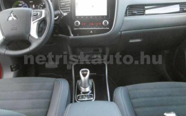 MITSUBISHI Outlander személygépkocsi - 2360cm3 Hybrid 105714 9/10