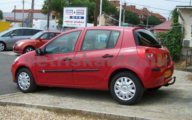 RENAULT Clio 1.2 16V Taboo személygépkocsi - 1149cm3 Benzin 98310 3/12