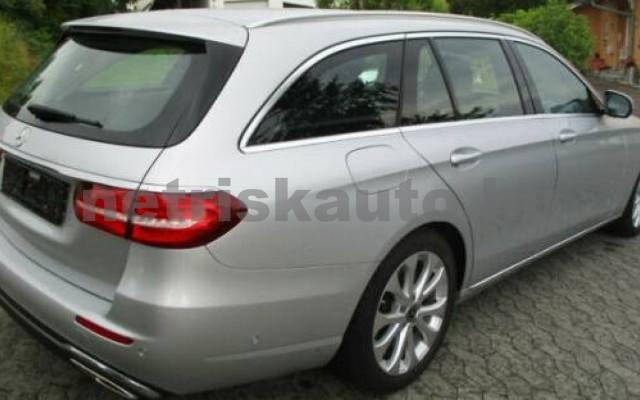 E 400 személygépkocsi - 3498cm3 Benzin 105845 5/12