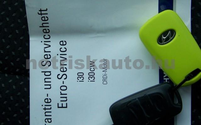 HYUNDAI i30 1.6 CRDi LP Comfort személygépkocsi - 1582cm3 Diesel 93252 12/12