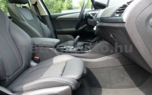 X4 személygépkocsi - 1995cm3 Diesel 105255 9/11