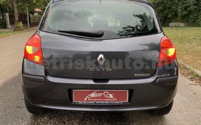 RENAULT Clio 1.4 16V Dynamique személygépkocsi - 1390cm3 Benzin 106537 4/29
