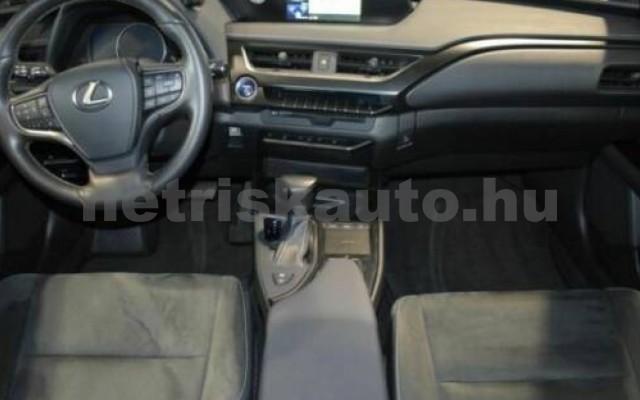 LEXUS UX személygépkocsi - 1987cm3 Hybrid 105664 9/10