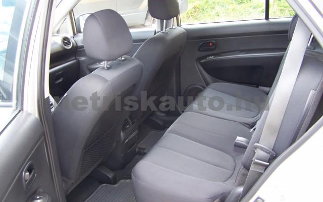 KIA Carens 2.0 EX személygépkocsi - 1998cm3 Benzin 27451 9/12