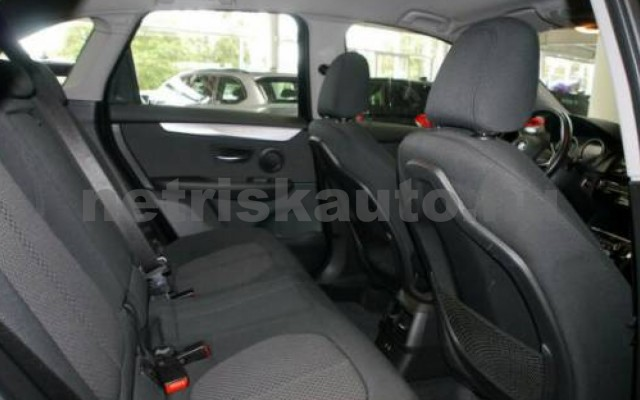BMW 225 Active Tourer személygépkocsi - 1499cm3 Hybrid 109763 6/10