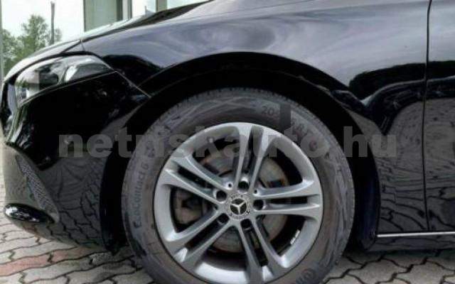 A 220 személygépkocsi - 1991cm3 Benzin 105720 6/12