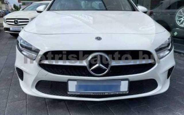 MERCEDES-BENZ A 220 személygépkocsi - 1991cm3 Benzin 110771 2/10