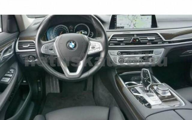 BMW 740 személygépkocsi - 2998cm3 Benzin 110015 8/12