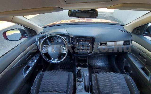 MITSUBISHI OUTLANDER személygépkocsi - 1998cm3 Benzin 52531 11/28