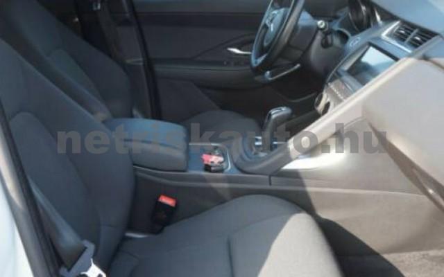 E-Pace személygépkocsi - 1999cm3 Diesel 105465 9/11