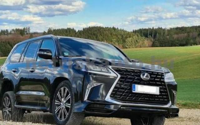 LX 570 személygépkocsi - 5663cm3 Benzin 105666 11/12