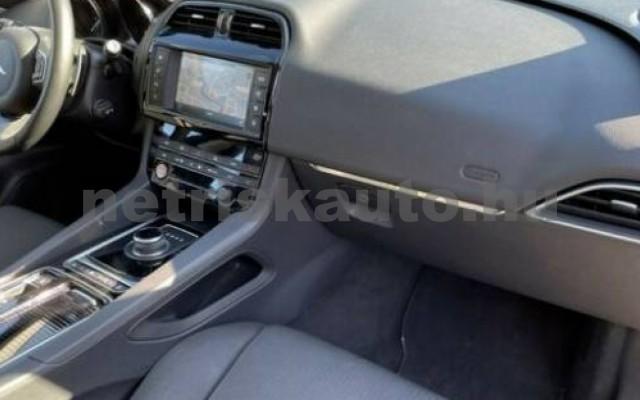 F-Pace személygépkocsi - 1997cm3 Benzin 105494 6/10