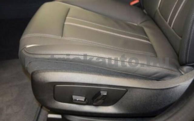520 személygépkocsi - 1995cm3 Diesel 105130 10/12