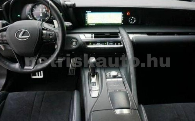 LC 500 személygépkocsi - 4969cm3 Benzin 105670 4/10