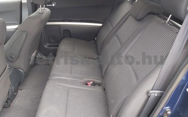 TOYOTA Corolla Verso/Verso 2.2 D-CAT Linea Sol személygépkocsi - 2231cm3 Diesel 44795 12/12