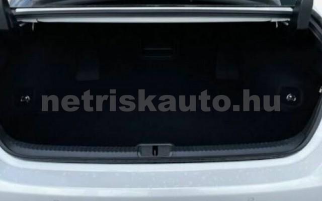 ES 300 személygépkocsi - 2487cm3 Hybrid 105612 3/11