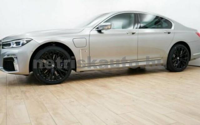 BMW 745 személygépkocsi - 2998cm3 Hybrid 42994 7/7