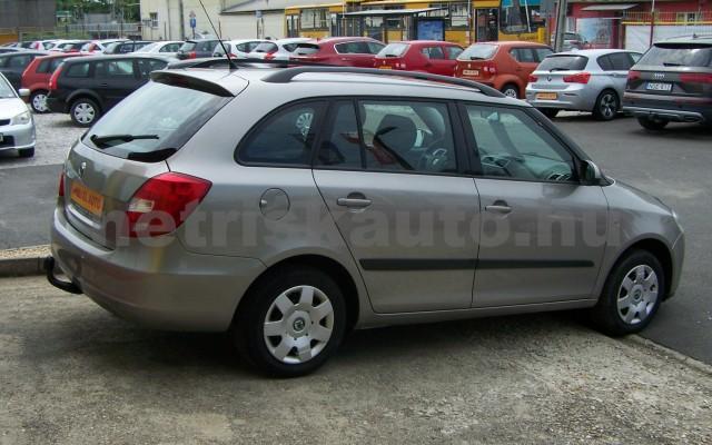 SKODA Fabia 1.2 12V Style személygépkocsi - 1198cm3 Benzin 98314 4/12