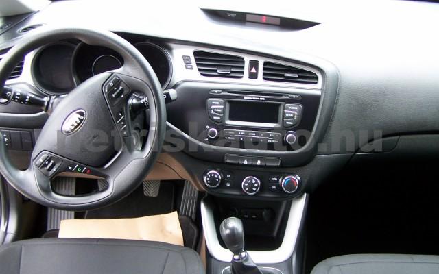 KIA Cee személygépkocsi - 1591cm3 Benzin 49997 9/12