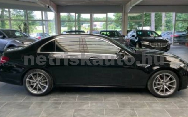 MERCEDES-BENZ E 63 AMG személygépkocsi - 3982cm3 Benzin 105877 6/12