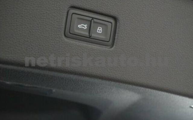 RSQ8 személygépkocsi - 3996cm3 Benzin 104846 8/11