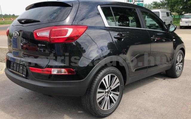 KIA Sportage 1.6 GDI LX személygépkocsi - 1591cm3 Benzin 22484 10/12