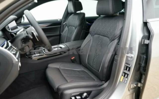BMW 745 személygépkocsi - 2998cm3 Hybrid 42994 2/7