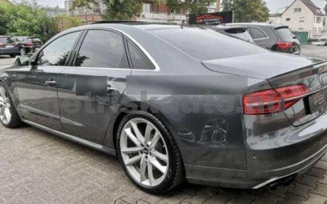 S8 személygépkocsi - 3993cm3 Benzin 104908 2/12