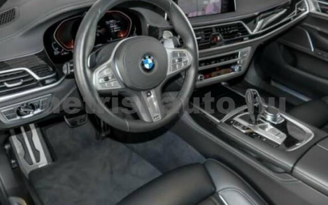 740 személygépkocsi - 2993cm3 Diesel 105192 5/12