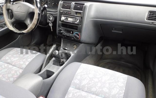 TOYOTA Carina 1.6 XLi személygépkocsi - 1587cm3 Benzin 104540 8/12