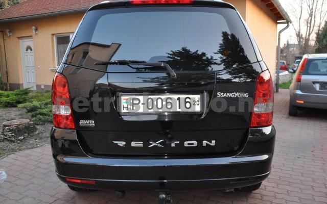 SSANGYONG Rexton 2.7 270 Xdi Premium 2 Aut. személygépkocsi - 2696cm3 Diesel 42311 5/12