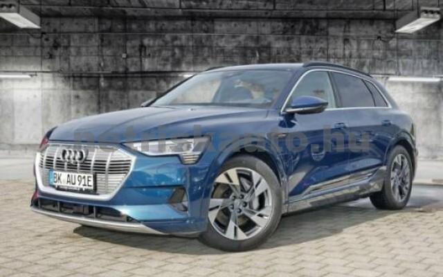 AUDI e-tron személygépkocsi - 2000cm3 Kizárólag elektromos 42570 2/7