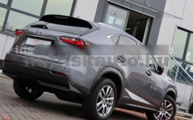 LEXUS NX 300 személygépkocsi - 2494cm3 Hybrid 110678 12/12